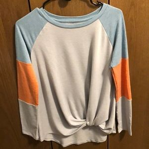 Maurices Sz S long sleeve knit front top